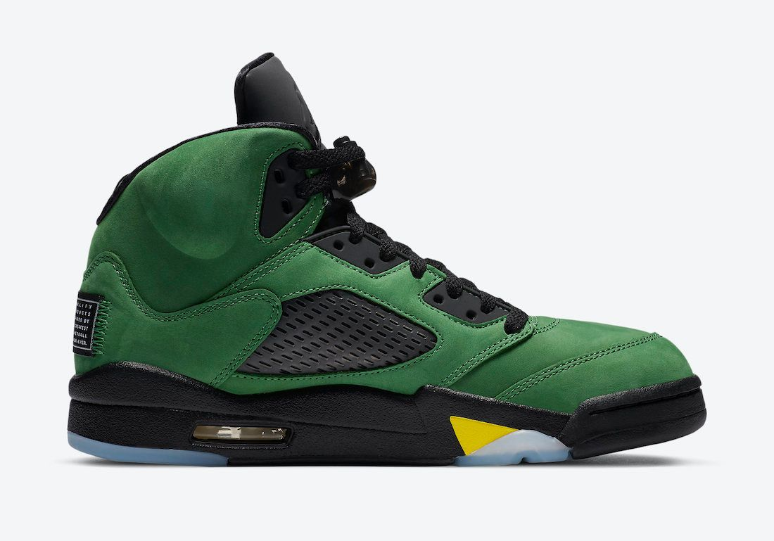 "Photo de la Nike Air Jordan 5 SE ""Oregon Ducks"""
